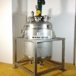 ~1,000 Ltr Stainless Steel Jacketed Tank with Top-Mounted Lightnin Mixer