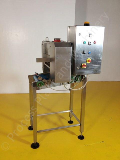 powder dusting machine