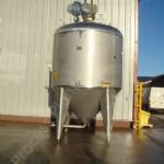 ~9,000 Ltr Stainless Steel Tank with Gate-type Mixer