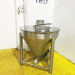 200 Ltr Stainless Steel Conical Holding Tank/Hopper