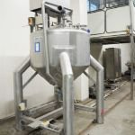 1,200 Ltr Stainless Steel Tank with Top-Mounted Full-Sweep Scraped Surface Mixer
