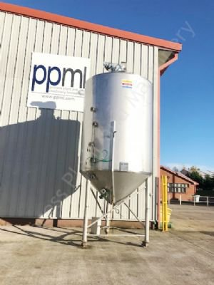 10,000 Ltr Jacketed Vacuum Rated Tank with Top-Mounted Multi-Paddle Mixer