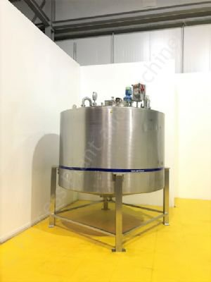 5,000 Ltr Stainless Steel Insulated Tank with Top-Mounted Mixer