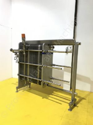 Used APV Stainless Steel 4-Section Plate Heat Exchanger/Pasteuriser