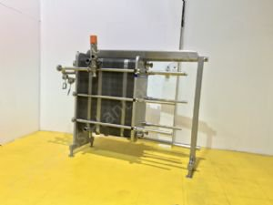 APV Stainless Steel 4-Section Plate Heat Exchanger/Pasteuriser