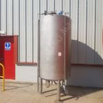 1,500 Ltr Stainless Steel Insulated Vertical Storage Tank
